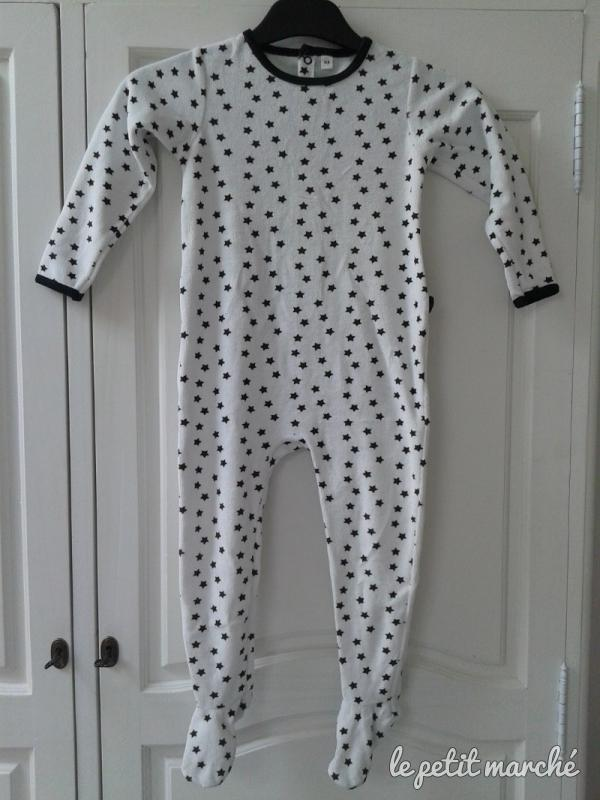 5d9213cd61b6b PYJAMA GRENOUILLERE VELOURS - Taille 36 mois - Annonces vêtements ...